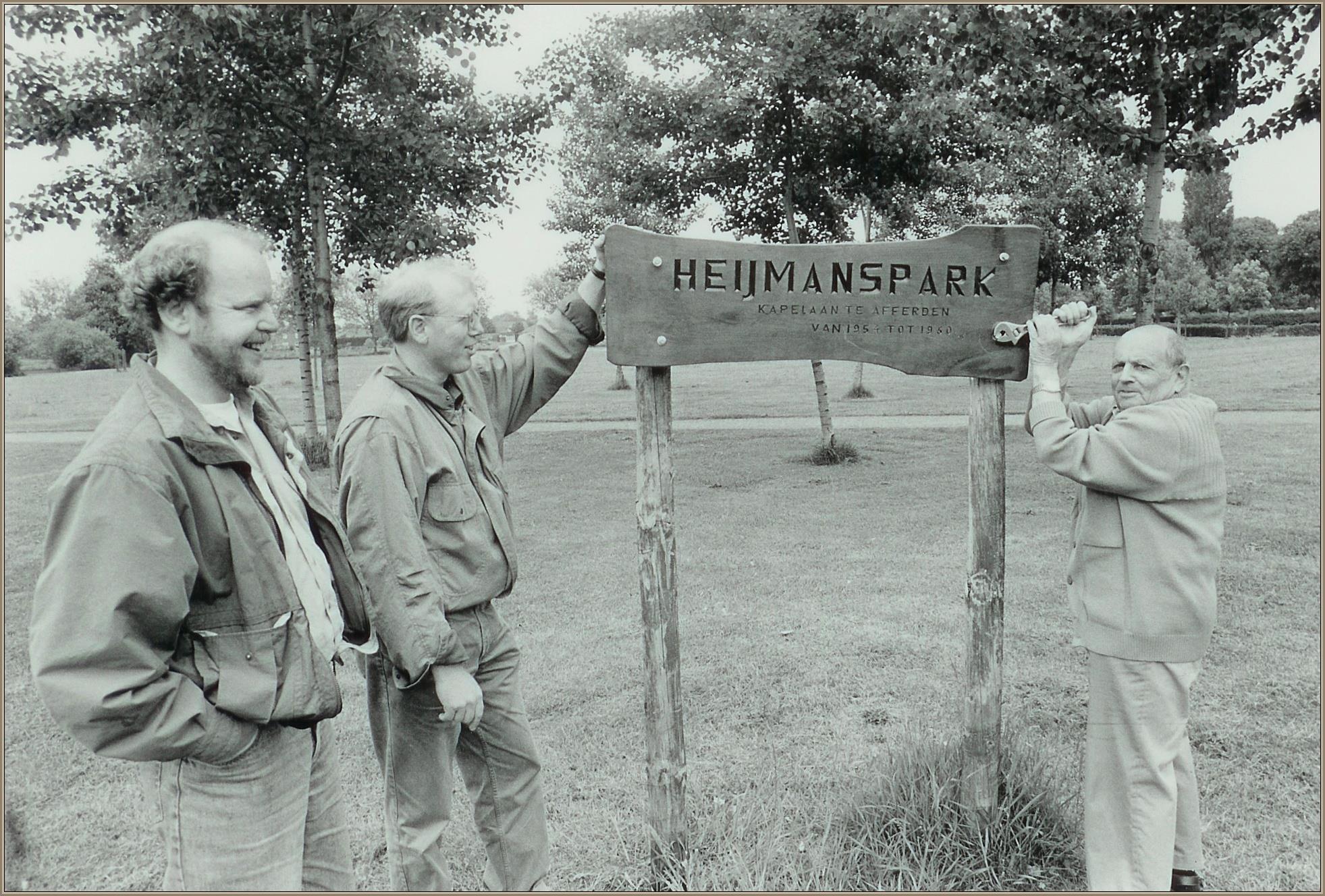 Nieuw naambord voor Heijmanspark