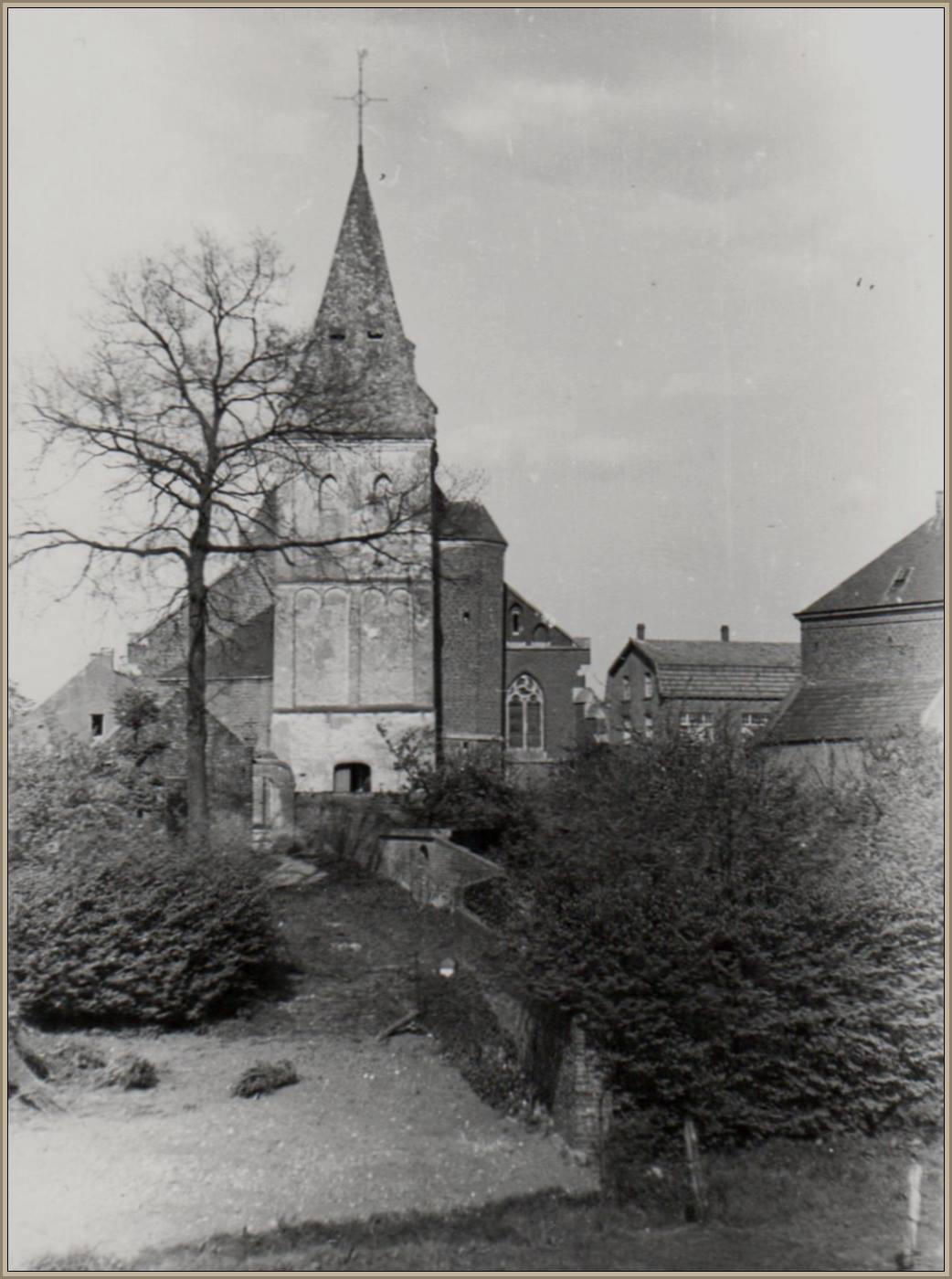 De oude kerktoren