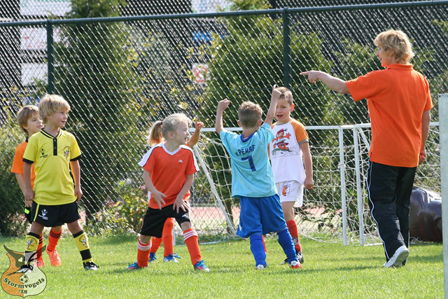 openingsweekend_voetbal_jeugd_hrc_stormvogels_2014