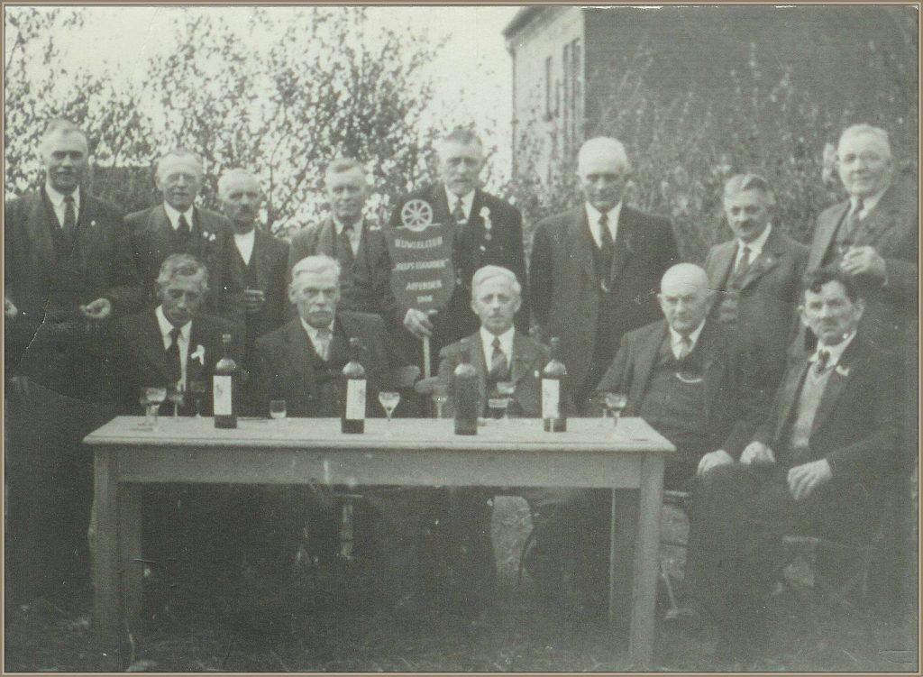 Dorpsarchief Fanfare Helpt Elkander 1946