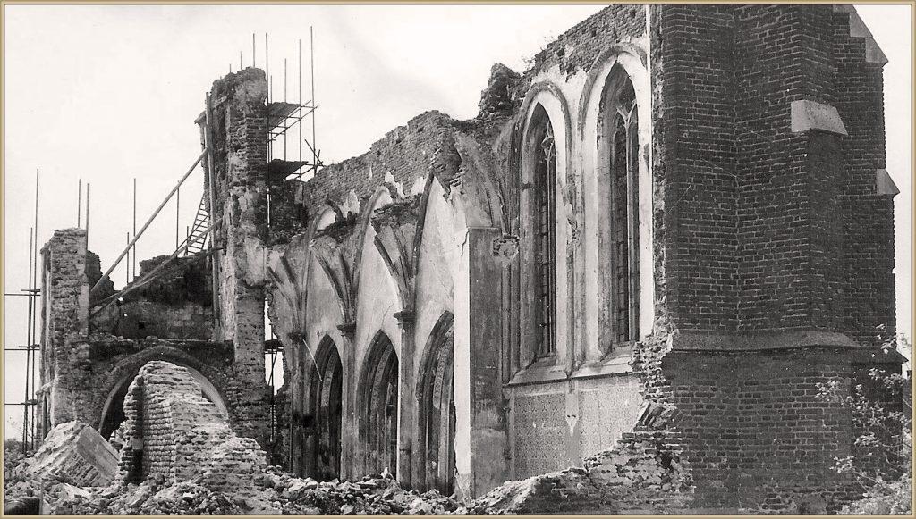Dorpsarchief oude kerk oorlog en vandalisme