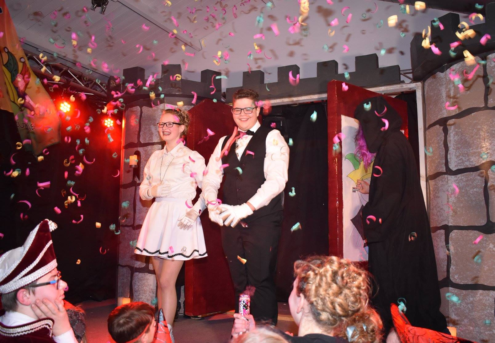 Jeugdprins Billy d'n Urste en -prinses Yvonne regeren bij de Sneuzels
