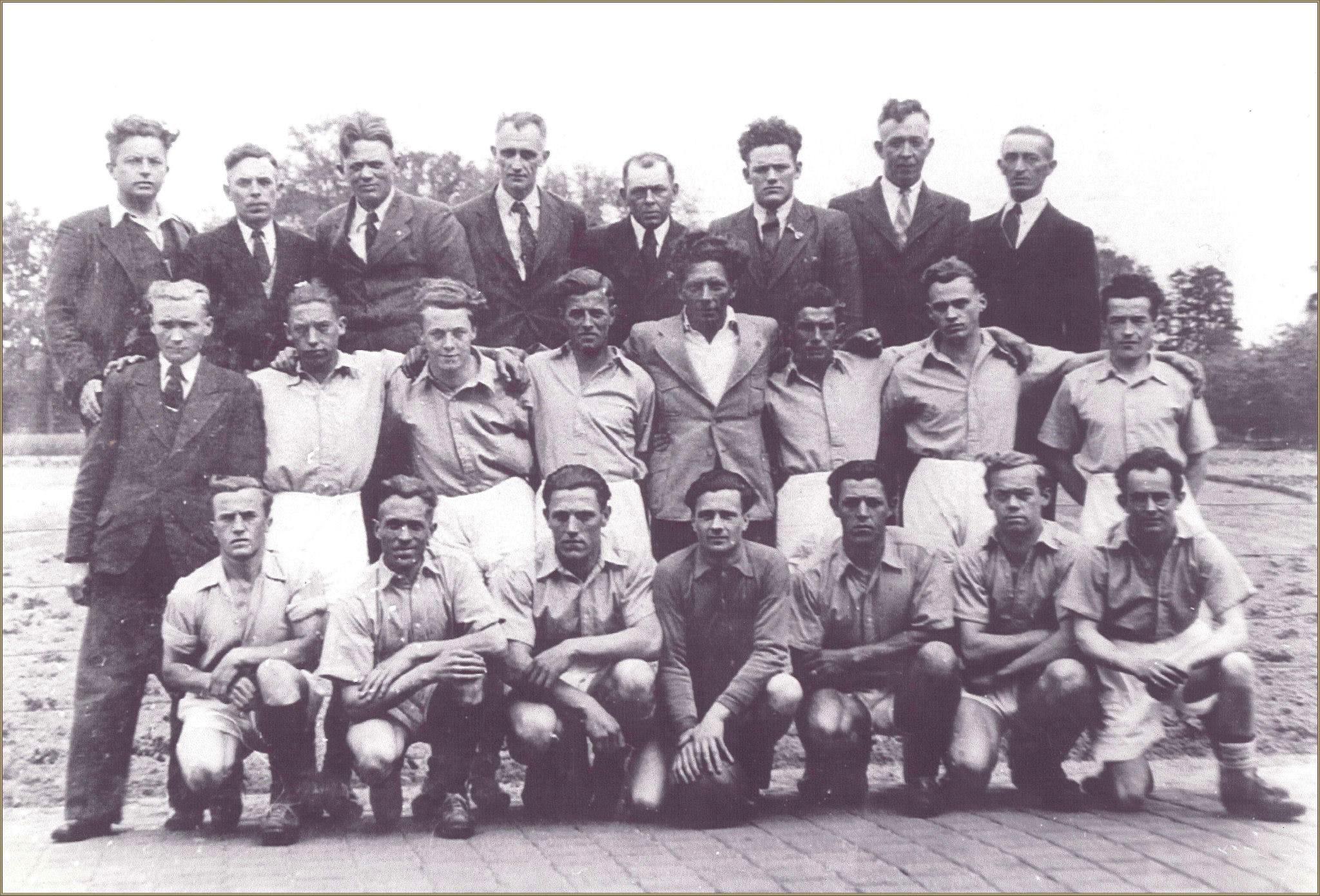 H.R.C. 1 kampioen in de 4e klasse G seizoen 1945-1946