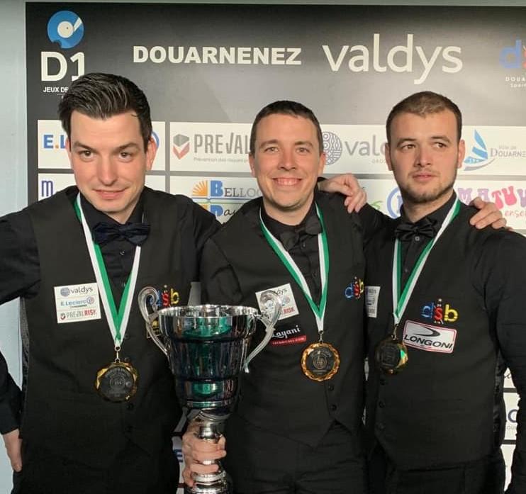 Raymund Swertz met zijn team Europees kampioen