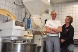 Jarige bakkerij van den Bergh trakteert op ontbijt