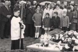 Hoe elf broertjes en zusjes in één klap ouderloos raakten door een ongeval tussen Heijen en Gennep